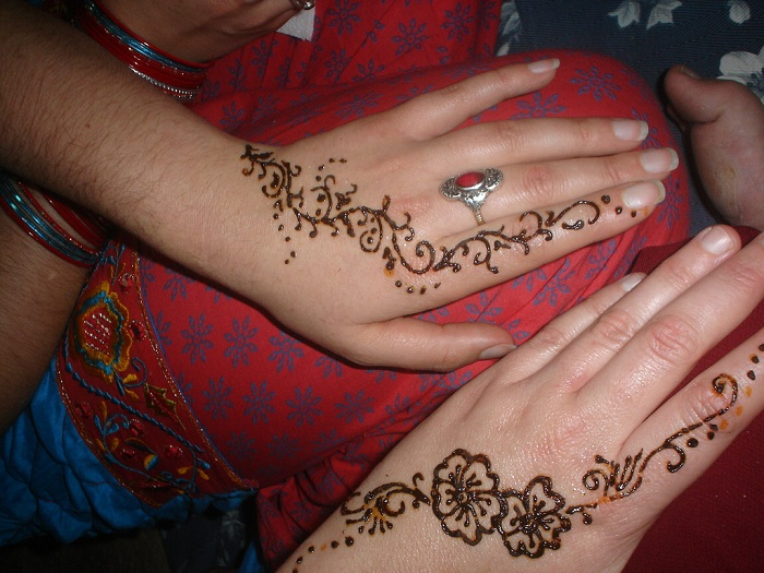 Henna Body design by flickr